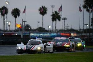 #77 Mazda Team Mazda DPi, DPi: Oliver Jarvis, Tristan Nunez