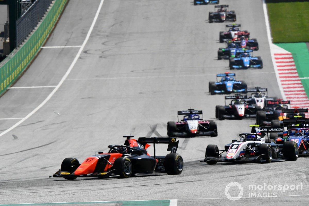 Richard Verschoor, MP Motorsport, Alexander Smolvar, ART Grand Prix e Niko Kari, Charouz Racing System