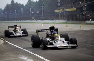 Ronnie Peterson, Lotus 72D Ford, Emerson Fittipaldi, Lotus 72D Ford