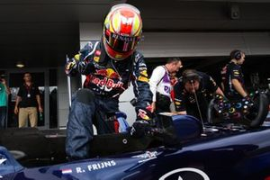 Robin Frijns, preparing for his F1 demo in the Red Bull RB6