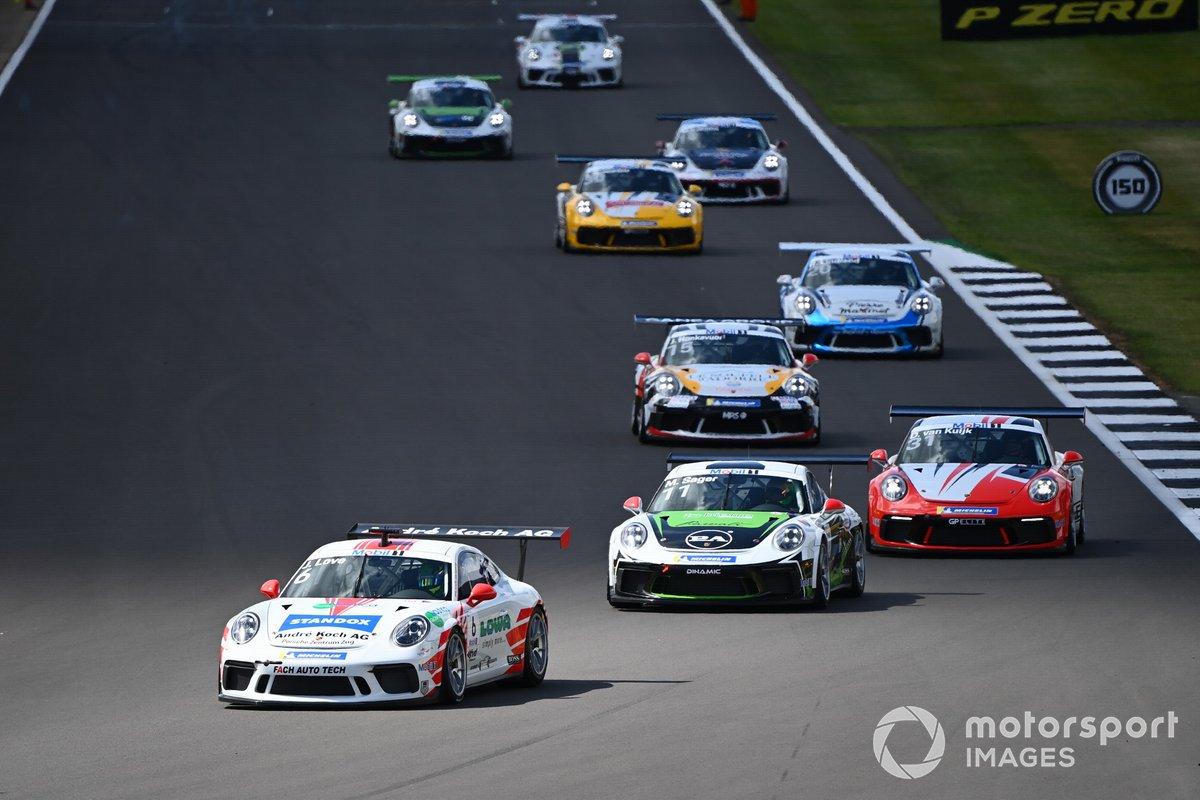 Jordan Love (AUS, Fach Auto Tech, precede Moritz Sager, Dinamic Motorsport e Daan van Kujik, Team GP Elite
