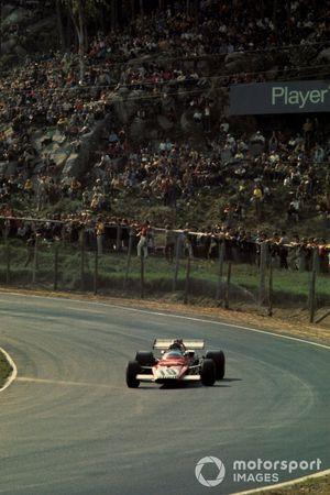 Yarış galibi Jacky Ickx, Ferrari 312B