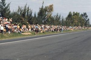 The lack of crowd control threatened to cause the race to be cancelled