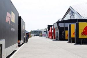 Trucks and motorhomes in the Paddock