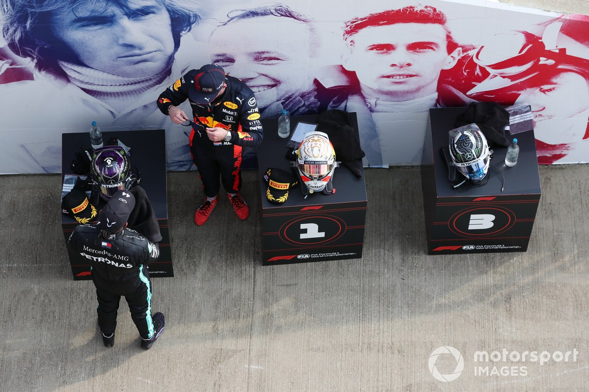 Lewis Hamilton, Mercedes AMG F1, and Max Verstappen, Red Bull Racing
