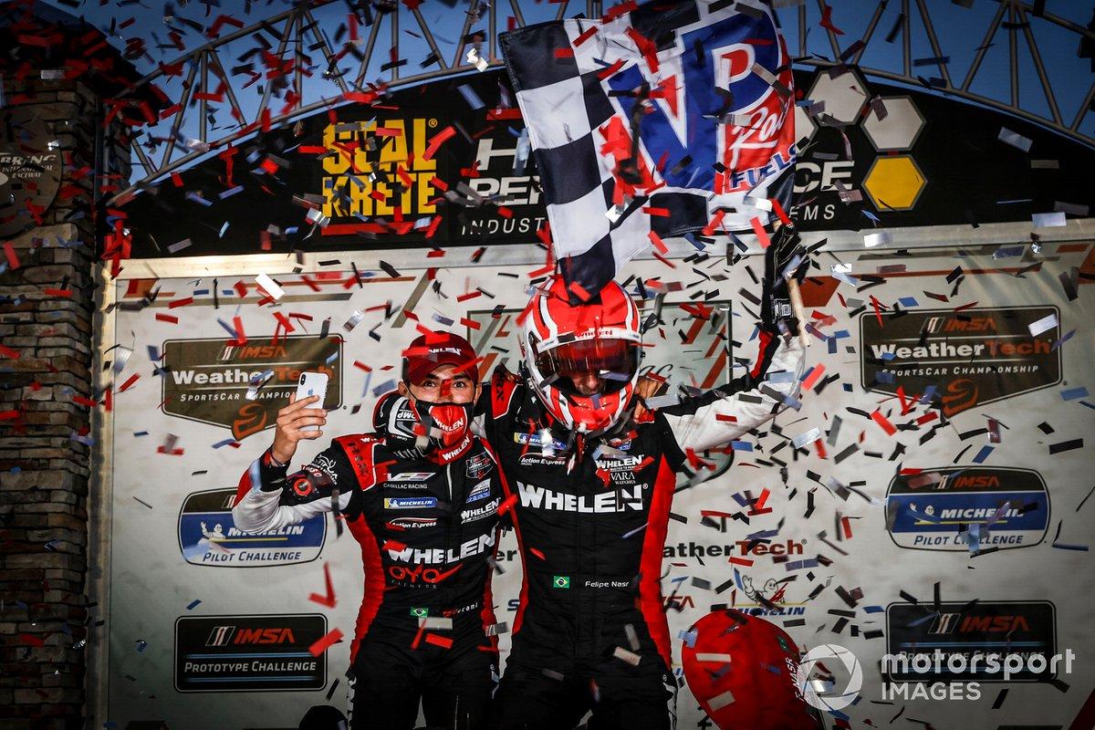Il vincitore #31 Whelen Engineering Racing Cadillac DPi, DPi: Pipo Derani, Felipe Nasr, sul podio