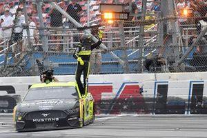 Yarış galibi Ryan Blaney, Team Penske, Ford Mustang