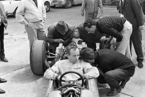 John Surtees, Ferrari 158