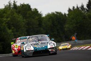 #350 Black Falcon Porsche 911 GT3 Cup MR: Marek Böckmann, Tobias Müller, Carlos Rivas