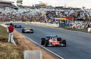 Дэйв Чарлтон, Lotus 49C Ford Джек Брэбэм, Brabham BT33 Ford