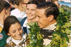Race winner Jim Clark, Lotus