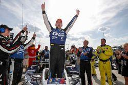 Race winner Graham Rahal, Rahal Letterman Lanigan Racing Honda