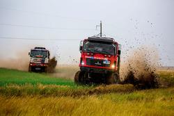 #304 MAZ-SPORTauto: Siarhei Viazovich, Pavel Haranin, Andrei Zhyhulin