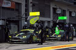 #97 Aston Martin Racing Aston Martin Vantage: Darren Turner, Jonathan Adam, Daniel Serra, #98 Aston
