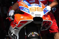 Jorge Lorenzo, Ducati Team fairing detail