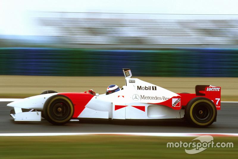 McLaren на Гран При Франции-1996: команда скрыла рекламу Marlboro точно так же, как Ferrari