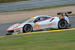 №54 Spirit of Race Ferrari 488 GTE: Томас Флор, Франческо Кастеллаччи, Мигель Молина