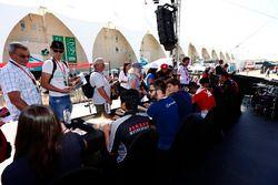 Autograph session with Alexander Albon, ART Grand Prix, Charles Leclerc, ART Grand Prix, Nirei Fukuz