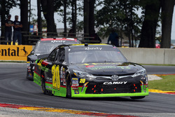 James Davison, Joe Gibbs Racing Toyota y Jeremy Clements, Jeremy Clements Racing Chevrolet
