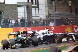 Heikki Kovalainen, Lotus T128, Pastor Maldonado, Williams FW33