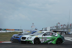#88 Absolute Racing Bentley Continental GT3: Adderly Fong, #8 Cadillac Racing Cadillac ATS-VR GT3: M