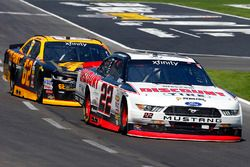 Ryan Blaney, Team Penske, Ford; Brendan Gaughan, Richard Childress Racing, Chevrolet