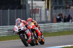 Данило Петруччи, Pramac Racing, и Марк Маркес, Repsol Honda Team