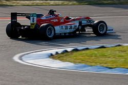 Гуанью Жоу, Prema Powerteam, Dallara F317 – Mercedes-Benz