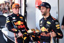 Max Verstappen, Red Bull Racing en Daniel Ricciardo, Red Bull Racing op het podium