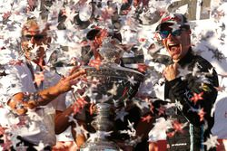 2017 champion Josef Newgarden, Team Penske Chevrolet with Roger Penske