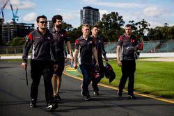 Kevin Magnussen, Haas F1 Team, Romain Grosjean, Haas F1 Team Haas walk the track with team members