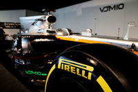 Sahara Force India F1 VJM10 - Pirelli lastiği