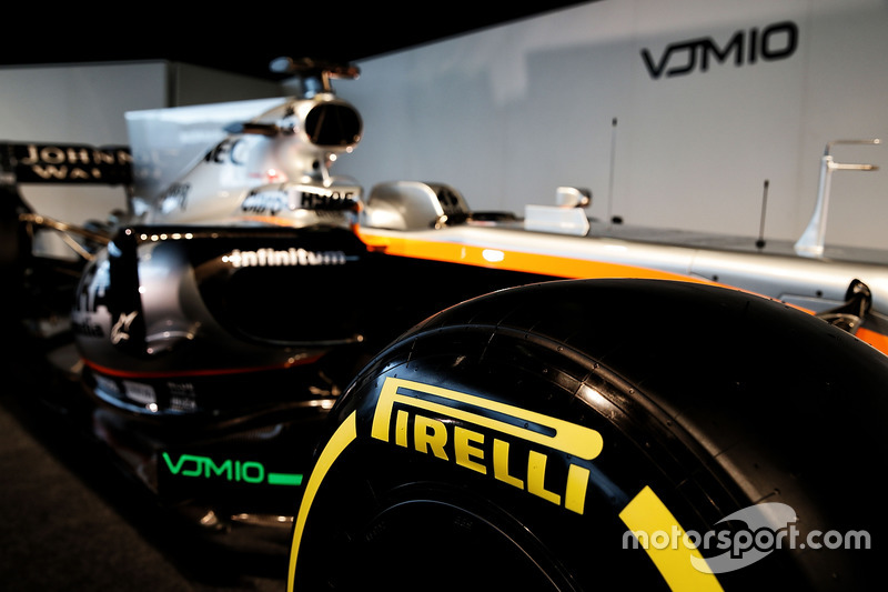 印度力量 VJM10 赛车 - 轮胎细节