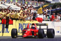 Alain Prost, Ferrari takes the win