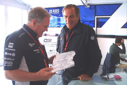 Giorgio Piola avec Patrick Head, Williams