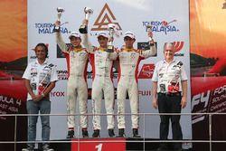Podium: race winner Jordan Love, second place Danial Nielsen Frost, third place Presley Martono