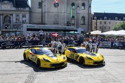 №64 Corvette Racing Corvette C7.R: Оливер Гэвин, Томми Милнер, Марсель Фесслер; №63 Corvette Racing