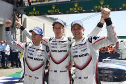 1. #2 Porsche Team Porsche 919 Hybrid: Timo Bernhard, Earl Bamber, Brendon Hartley