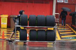 Scuderia Toro Rosso mecánica y los neumáticos Pirelli