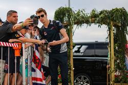 Daniil Kvyat, Scuderia Toro Rosso avec les fans