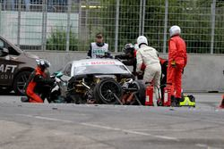 The car of Gary Paffett, Mercedes-AMG Team HWA, Mercedes-AMG C63 DTM after the crash