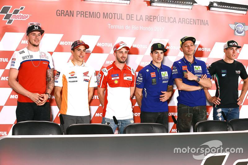 Scott Redding, Pramac Racing; Marc Marquez, Repsol Honda Team; Andrea Dovizioso, Ducati Team; Maveri
