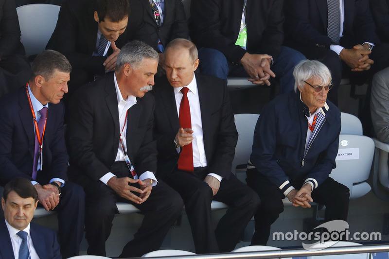 Russian Prime Minister Dimitry Medvedev, Chase Carey, Chairman, Formula One, President Vladimir Putin and Bernie Ecclestone, Chairman Emeritus of Formula 1