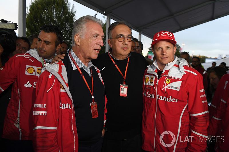Piero Lardi Ferrari, Vicepresidente de Ferrari, Sergio Marchionne, CEO de FIAT, Kimi Raikkonen de Fe