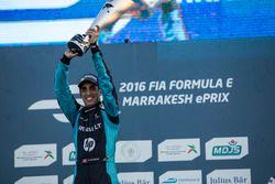 Podio: il vincitore della gara Sebastien Buemi, Renault e.Dams