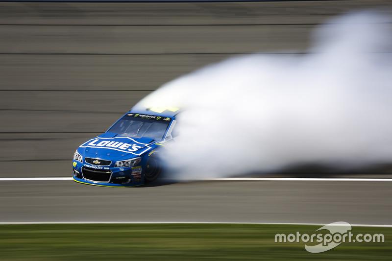 4. Jimmie Johnson, Hendrick Motorsports Chevrolet giros