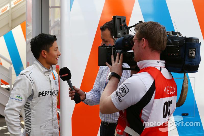 Rio Haryanto, Manor Racing with Ted Kravitz