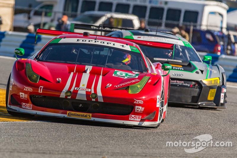 #63 Scuderia Corsa Ferrari 458 Italia : Christina Nielsen, Alessandro Balzan, Robert Renauer, Jeff Segal