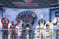 Podium: Sieger #10 Wayne Taylor Racing, Corvette DP: Ricky Taylor, Jordan Taylor; 2. #31 Action Expr