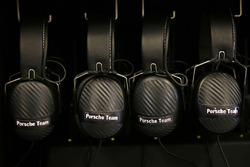 Porsche Team headsets